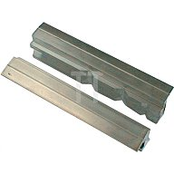 Schraubstockschutzbacken m. Prismen, 140mm Backenbreite, Spannen von Werkstücke